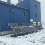 panouri-fotovoltaice-statie-meteo-montana
